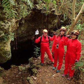 洞窟の入り口に到着!