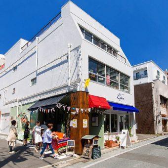 shiraiwa室町シュトラッセ外観