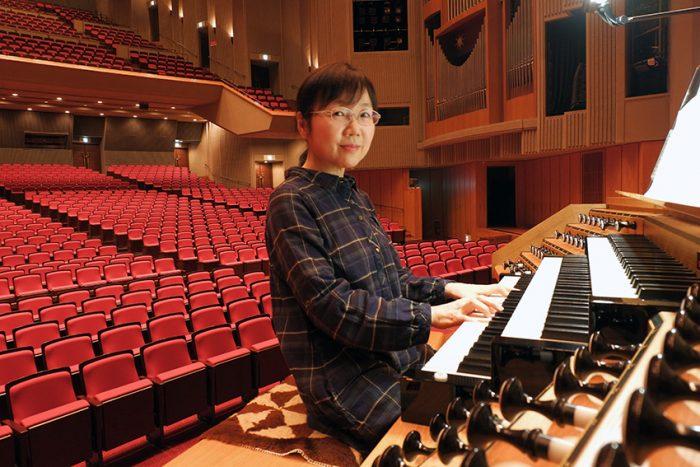 から教会に行き、オルガンに触れる機会が多かった稲穂 美奈子さん。神学校(牧師の大学)